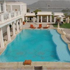 Resort By The Ana Sagar Lake in Ajmer