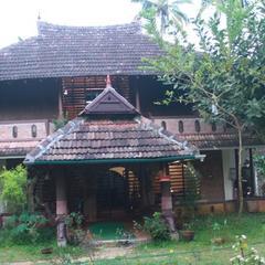 Rishi's Marari Heritage Villa in Mararikulam