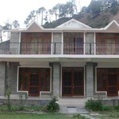 UNA Comfort Great Himlayan Adventure Resort in Dharamshala