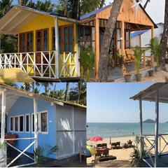 Roundcube Beach Bungalows in Goa