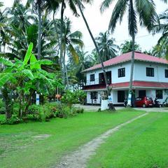 Royal Beach Abode in Cochin