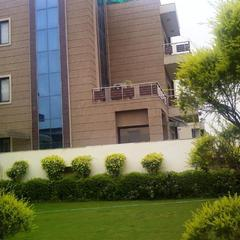 Royal Residence on Golf Course Road in Gurugram