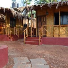 Rustic Huts in Nerul Mumbai