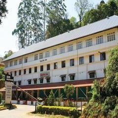 S N Sujatha Inn in Munnar