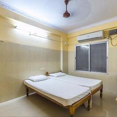 Sai Priyanka Guest House in Puttaparthi