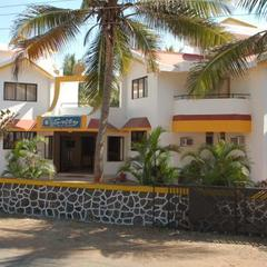 Salty Beach Resort in Valsad