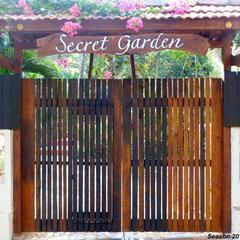 Secret Garden Resort in Patnem
