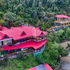 Sherpa Eco Resort in Solan