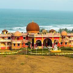Shiv Sagar Palace in Ganpati Pule