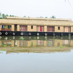 Shivaganga Houseboat in Kumarakom