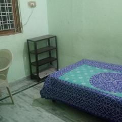 Singhal Loudge And Guest House in Kota
