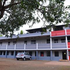 Sivasakthi Lodge in Ettumanur