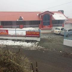 Snow Point Inn in Dhanaulti