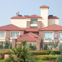 Solitaire Inn in Muzaffarnagar