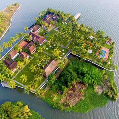 Soma Kerala Palace in Kumarakom