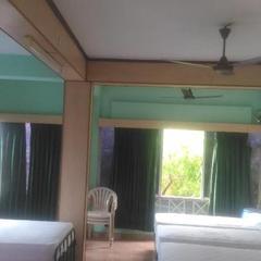 Sooriyaa Guest House in Uraiyur