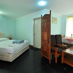 Hotel Sree Visakh in Kovalam