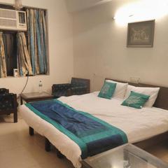 Sunrise Boys And Girls Pg in Noida