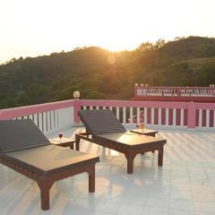 Sunshine Courtyard Resort in Shogi