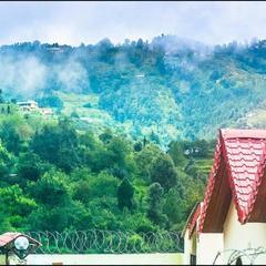 OYO 28192 Tathastu Resort in Mukteshwar Nainital