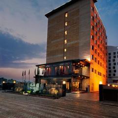 The Golden Palms Hotel & Spa, Delhi in New Delhi