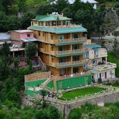 The Golden Peak, Hotel in Mukteshwar