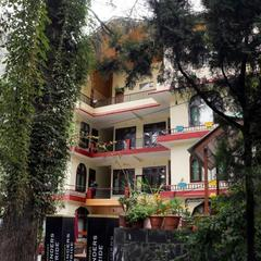 The Rainbow Inn & Cafe in Kasol