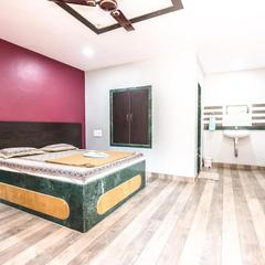 Vickys Guest House in Malvan