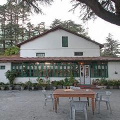 Hotel Devdar in Mussoorie