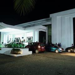 Hotel Al Saj  Kazhakuttom in Thiruvananthapuram