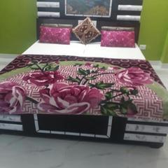 YOYO Rooms Near Saphire International School Sector 70 in Noida