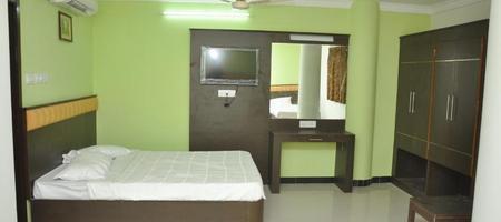78 - Hotels near Sri Venkateswara Lodge Restaurant Thanjavur @ ₹637