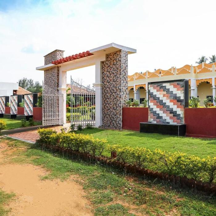 Oyo 13893 Stay Simple Brindavan Resort Hotel Mysore Reviews