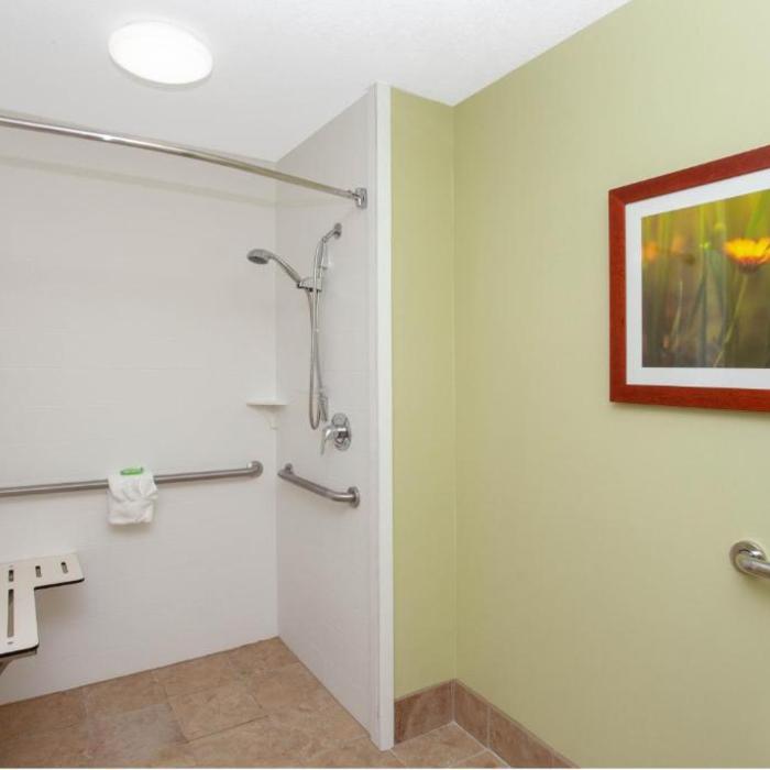 Wyndham Garden Hotel Fort Wayne Reviews Photos Prices Check In