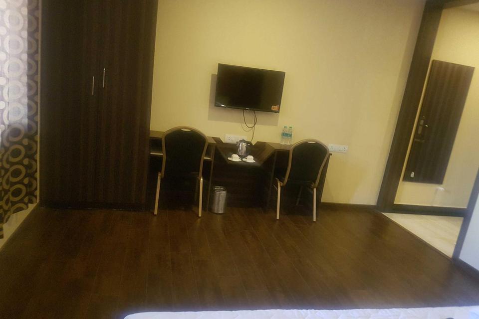 Sri Balaji International Hotel Vellore Reviews, Photos