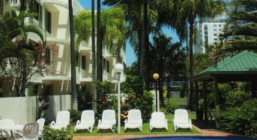 Camargue Beachfront Apartments Maroochydore