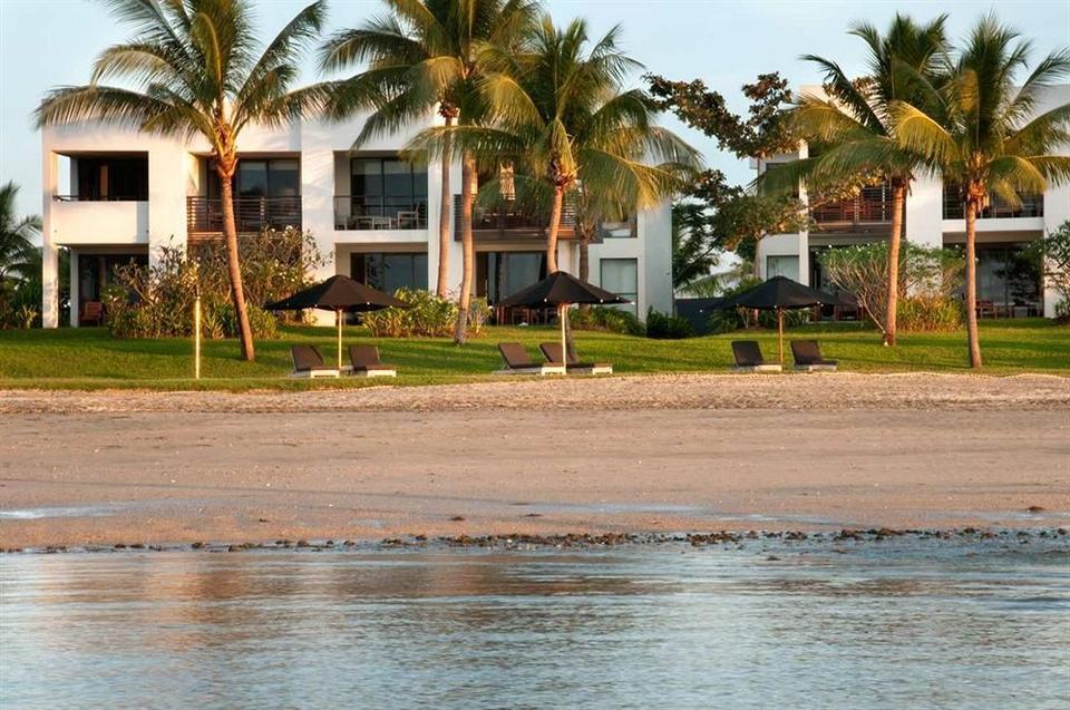 Hilton Fiji Beach Resort And Spa In Nadi