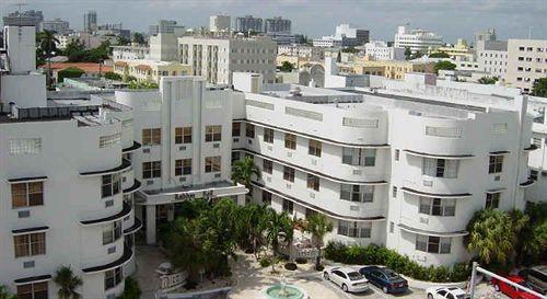 Haddon Hall Hotel In Miami Beach
