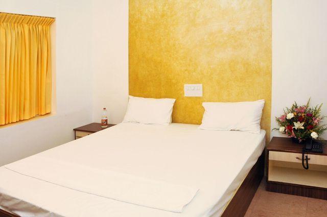 Hiy Rooms Gandhipuram Hotel Coimbatore Reviews, Photos