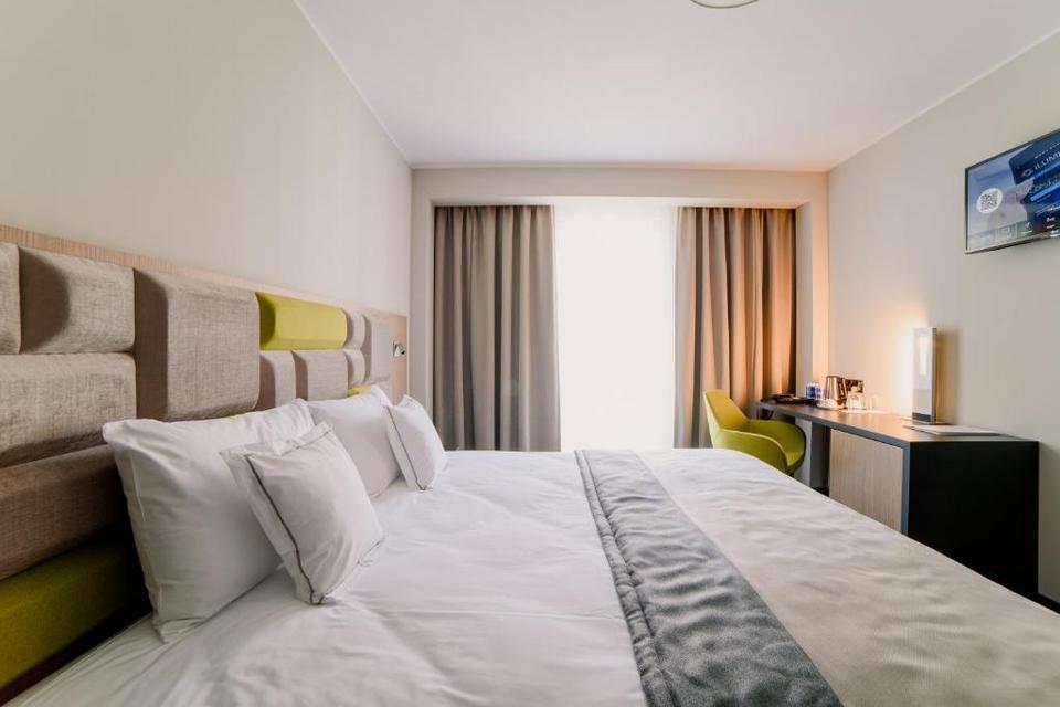 hotel almond gdansk