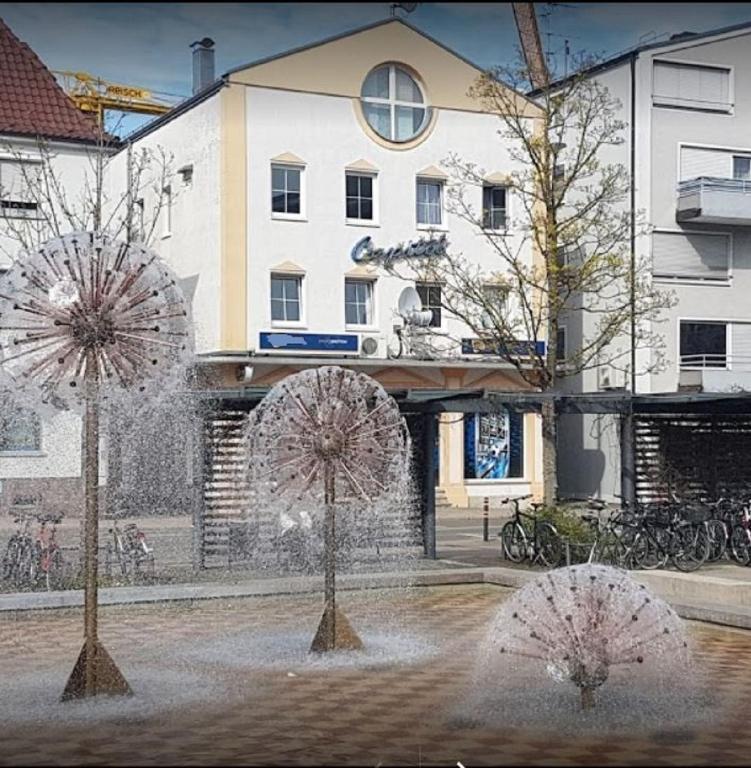 Hotel Capitol Zentrum Friedrichshafen Reviews Photos Prices
