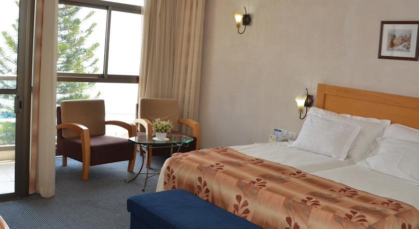 Ron Beach Hotel In Tiberias