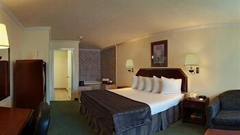Best Western Garden Inn San Antonio Hotel Tariff Reviews