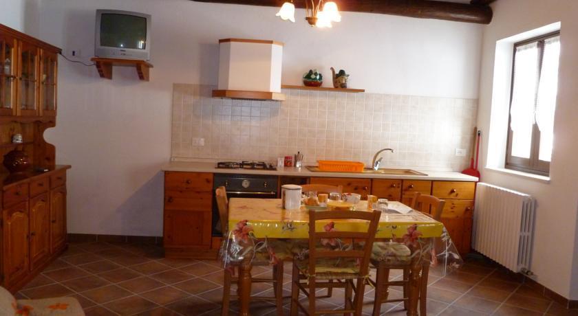 Alloggi Il Rododendro Hotel Bagni Di Vinadio - Tariff, Reviews ...