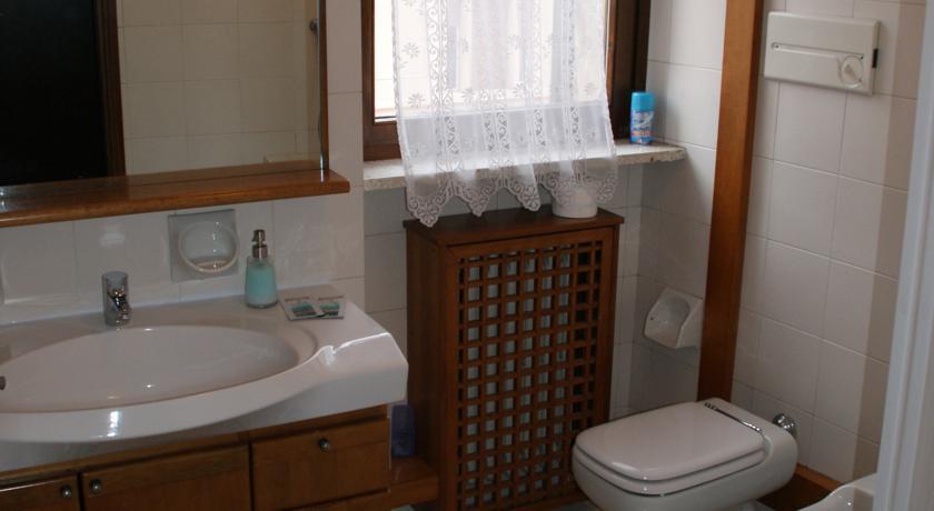 B B Casanova Hotel Verona - Tariff, Reviews, Photos, Check In | Pay ...