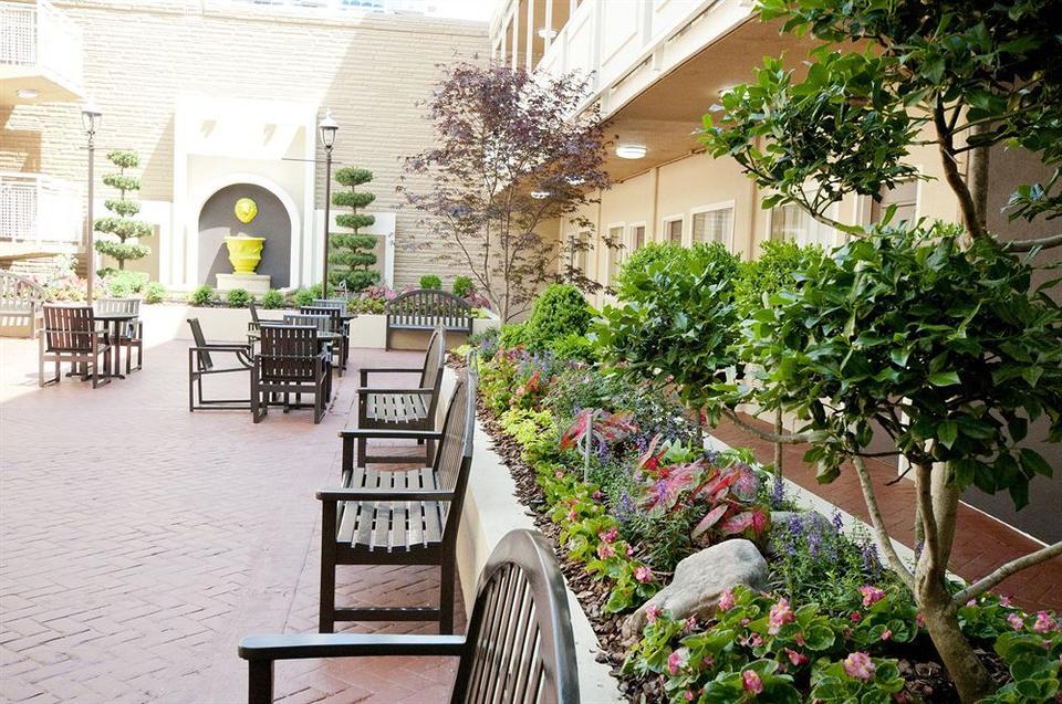 Best Western Plus Inn At The Peachtrees Hotel Atlanta Tariff