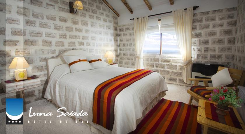 Hotel De Sal Luna Salada In Colchani