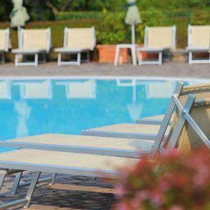 Hotel Le Terrazze Sul Lago Desenzano Del Garda - Tariff, Reviews ...