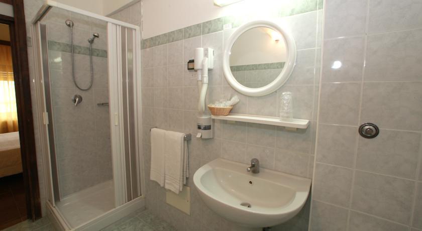Hotel Sereno Soggiorno Salesiano Vico Equense Reviews, Photos ...