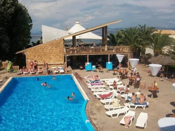 Island Beach Resort Hotel Hotel Kavos Tariff Reviews Photos